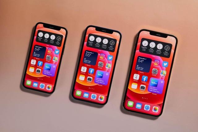 Nhiều mẫu iPhone, Samsung Galaxy đồng loạt giảm giá cuối tháng 7 - Ảnh 1.