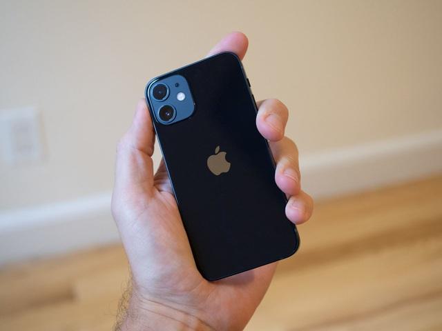 Nhiều mẫu iPhone, Samsung Galaxy đồng loạt giảm giá cuối tháng 7 - Ảnh 2.