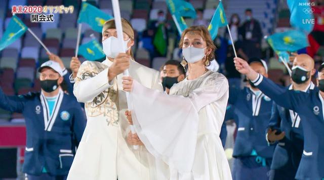 Nữ thần hot nhất Lễ khai mạc Olympic Tokyo 2020 vừa xuất hiện đã hớp hồn khán giả, dân mạng truy ra danh tính ngay - Ảnh 7.