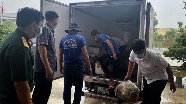 Một nông dân Bạc Liêu tặng 10 tấn cá cho người dân vùng dịch - Ảnh 2.