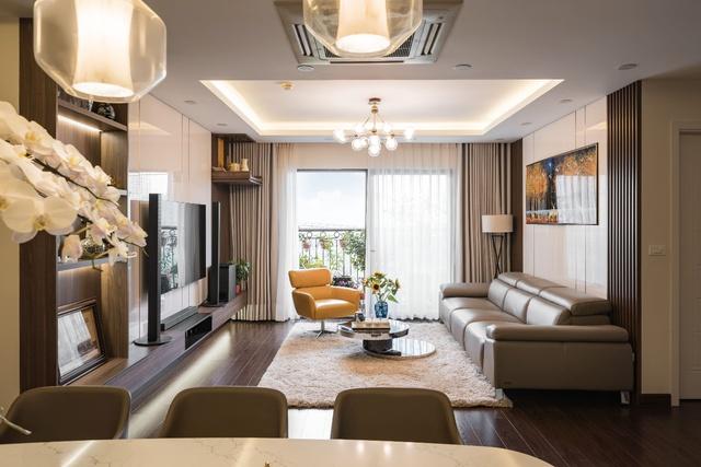 Căn hộ 120m² đẹp sang chảnh chẳng kém gì biệt thự tại Hà Nội - Ảnh 1.