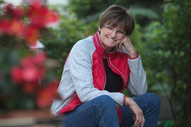 Câu chuyện về Kariko Katalin - Người phụ nữ cả thế giới biết ơn nhờ đưa công nghệ mRNA vào điều chế vaccine COVID-19 Pfizer và Moderna  - Ảnh 1.