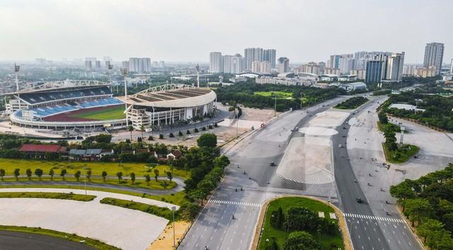 CLIP: Đường phố Hà Nội những ngày thực hiện chỉ thị 16 qua góc nhìn flycam  - Ảnh 4.