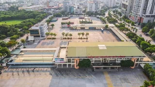 CLIP: Đường phố Hà Nội những ngày thực hiện chỉ thị 16 qua góc nhìn flycam  - Ảnh 7.