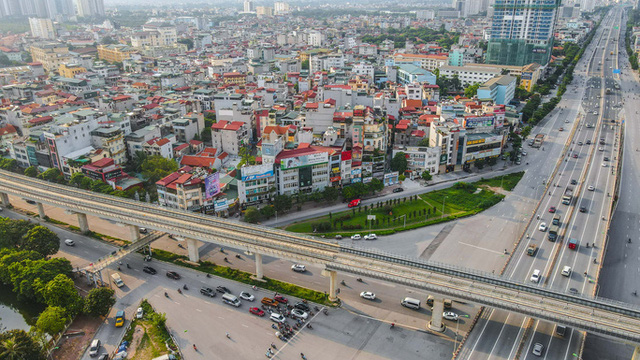 CLIP: Đường phố Hà Nội những ngày thực hiện chỉ thị 16 qua góc nhìn flycam  - Ảnh 9.