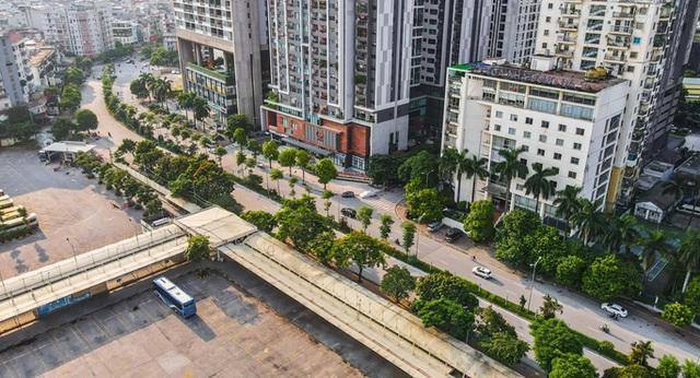 CLIP: Đường phố Hà Nội những ngày thực hiện chỉ thị 16 qua góc nhìn flycam  - Ảnh 10.
