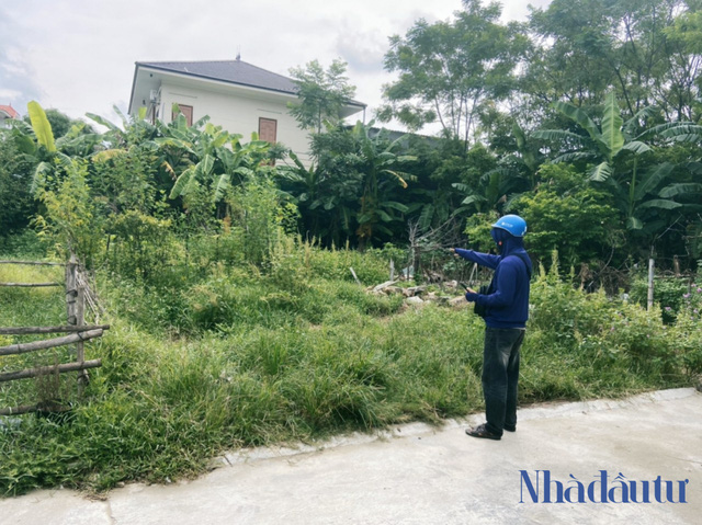 Anh Khoa bất đắc dĩ chạy Shipper để kiếm tiền trả nợ bên thửa đất anh đã đầu tư nhưng chưa thể giao dịch Ảnh: Sỹ Tân