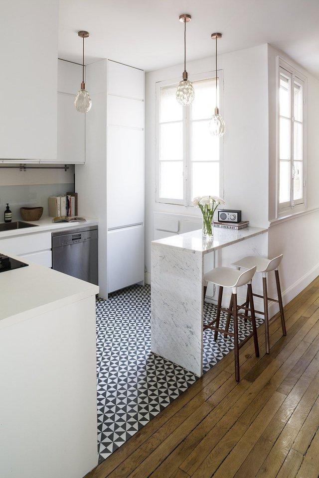 11 thiết kế bếp nhỏ đầy ấn tượng và thông minh dành cho các căn chung cư có diện tích hẹp - Ảnh 4.