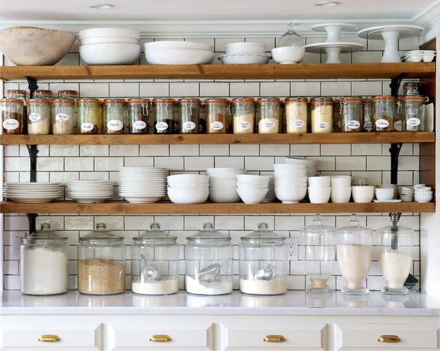 11 thiết kế bếp nhỏ đầy ấn tượng và thông minh dành cho các căn chung cư có diện tích hẹp - Ảnh 8.