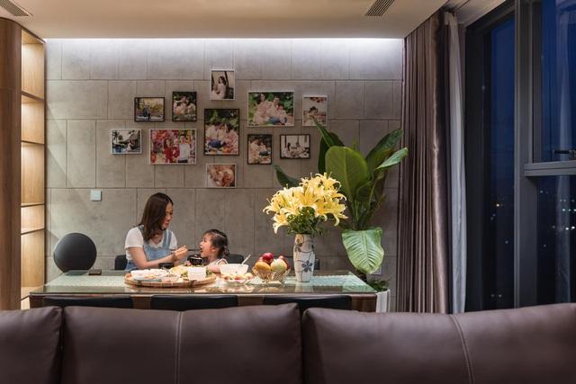 Căn hộ duplex ngập tràn ánh ánh nắng ở Hà Nội: Có nước chảy cây xanh, không gian thoáng đãng cho các hoạt động của gia đình - Ảnh 8.