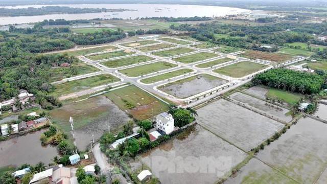 Nhà đầu tư coi chừng ôm hận khi mua đất phân lô đặt cọc đến 90%  - Ảnh 2.