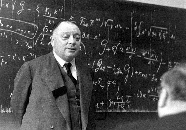 Pauli: Nhà khoa học siêu năng lực đặc biệt gây kinh ngạc cho thế giới - Ảnh 3.