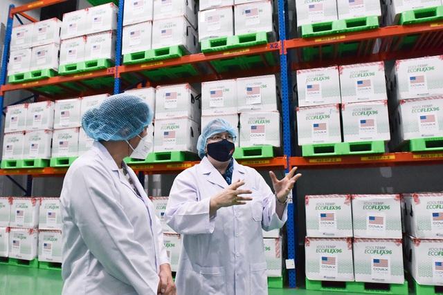 Cận cảnh kho chứa 1,5 triệu liều vắc xin Moderna Mỹ tại Thành phố Hồ Chí Minh - Ảnh 4.