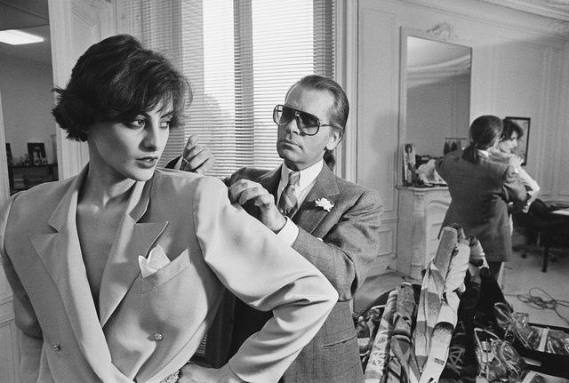 Gia tộc kín tiếng sở hữu thương hiệu xa xỉ Chanel: Hồi sinh đế chế xa hoa từ đống tro tàn và quan điểm lạ đời về sự toả sáng - Ảnh 5.