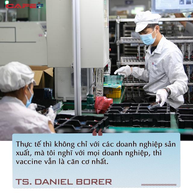 Chuyên gia quốc tế chỉ ra điểm đặc biệt trong chiến lược vaccine Việt Nam và cơ hội phục hồi ngay trong đại dịch - Ảnh 4.
