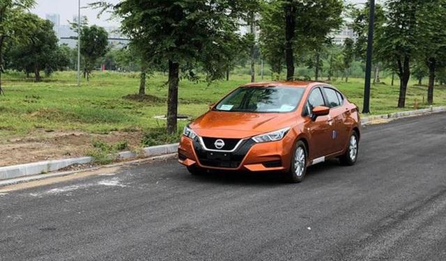 Đại lý ồ ạt nhận cọc Nissan Almera 2021: Giá dự kiến từ 470 triệu đồng, giao xe từ tháng 8 - Ảnh 2.