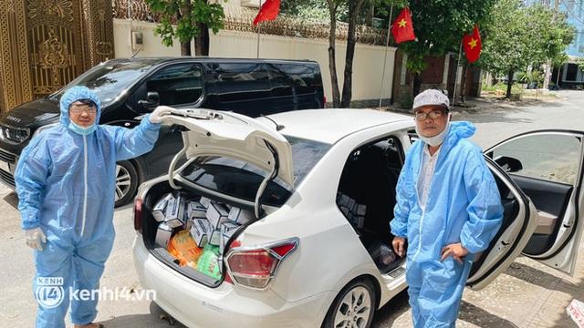 Giám đốc trẻ ở Sài Gòn thành lập hội shipper từ thiện bằng ô tô, tiếp tế lương thực cho người dân trong khu phong tỏa, cách ly - Ảnh 3.