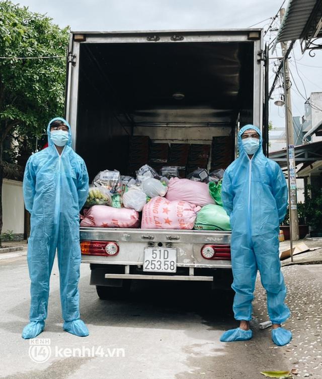 Giám đốc trẻ ở Sài Gòn thành lập hội shipper từ thiện bằng ô tô, tiếp tế lương thực cho người dân trong khu phong tỏa, cách ly - Ảnh 5.