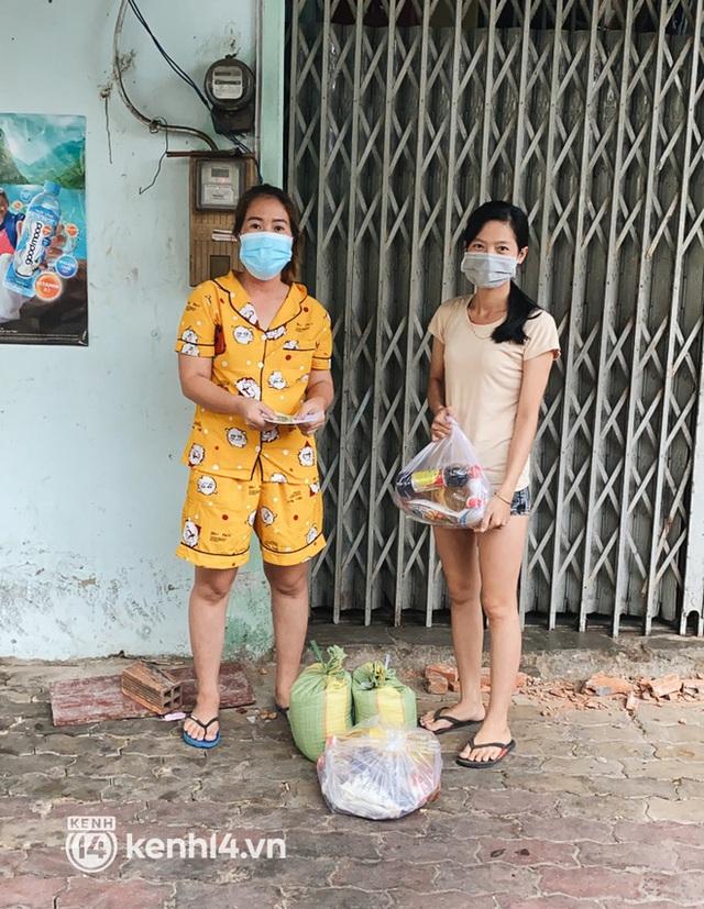 Giám đốc trẻ ở Sài Gòn thành lập hội shipper từ thiện bằng ô tô, tiếp tế lương thực cho người dân trong khu phong tỏa, cách ly - Ảnh 10.