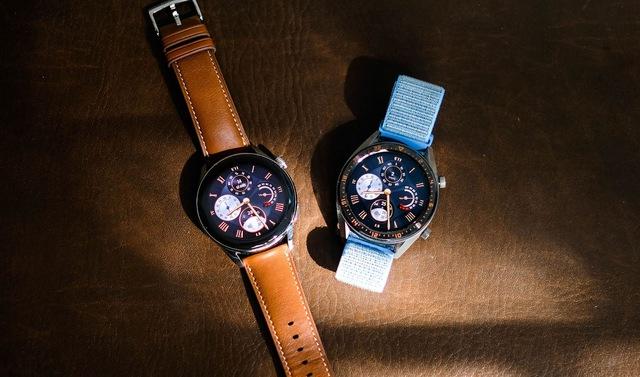 Trải nghiệm Huawei Watch 3 - mẫu smartwatch đầu tiên chạy hệ điều hành Harmony OS - Ảnh 1.