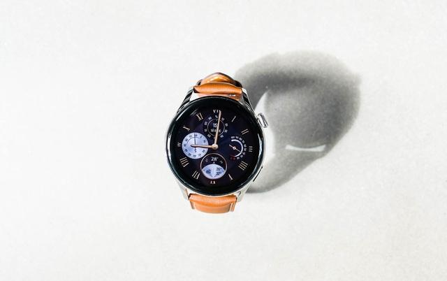 Trải nghiệm Huawei Watch 3 - mẫu smartwatch đầu tiên chạy hệ điều hành Harmony OS - Ảnh 3.