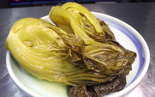 4 món ăn bẩn nhất được bày bán khắp nơi mà nhiều người Việt vẫn vô tư mua về hàng ngày: Dừng lại ngay kẻo bệnh tật gõ cửa! - Ảnh 1.