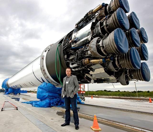 """Xếp hạng 6 món """"đồ chơi"""" không phải ai cũng mua được của tỷ phú Elon Musk: Xe sang, du thuyền, máy bay phản lực cũng chưa là gì so với món đồ này - Ảnh 5."""