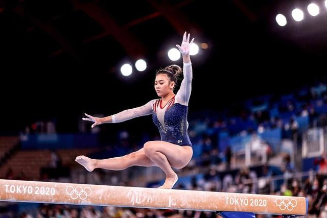 Nữ VĐV dân tộc HMông giành HCV Olympic Tokyo  - Ảnh 1.