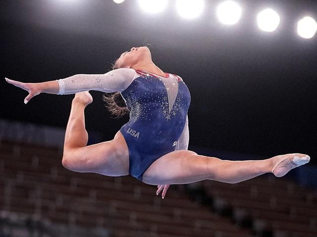 Nữ VĐV dân tộc HMông giành HCV Olympic Tokyo  - Ảnh 2.