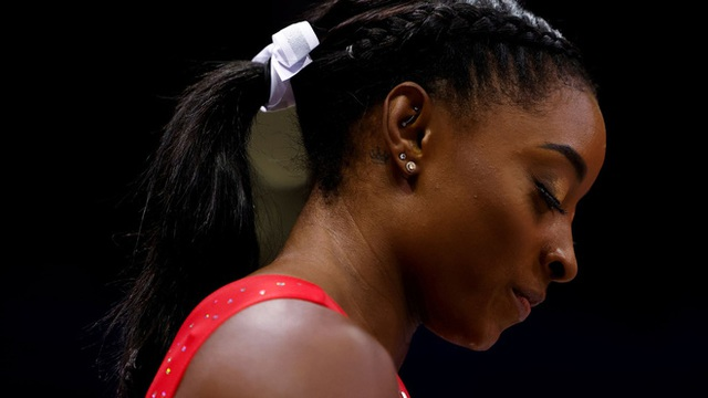 Biểu tượng thể thao Mỹ gây chấn động khi bỏ cuộc ở Olympic Tokyo 2020: Giọt nước mắt sau bao năm kìm nén từ quá khứ bị lạm dụng tình dục - Ảnh 4.