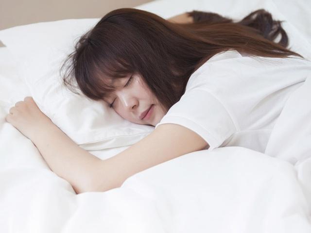 5 cách chống lo âu, buồn chán, nói không với trầm cảm trong mùa dịch, cái đầu tiên rất dễ nhưng ít ai chú trọng - Ảnh 1.