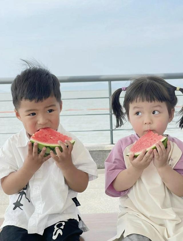 Gia sư toàn phần cho con cái giới siêu giàu ở Trung Quốc: Ngoại hình trẻ đẹp chuẩn gu chủ, học thức có thừa vẫn bị mất việc vì 1 quả trứng gà  - Ảnh 4.