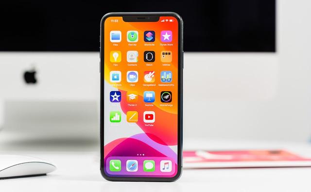 Loạt  smartphone vừa giảm giá mạnh đáng mua tại Việt Nam - Ảnh 2.