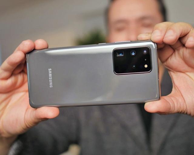 Loạt  smartphone vừa giảm giá mạnh đáng mua tại Việt Nam - Ảnh 3.