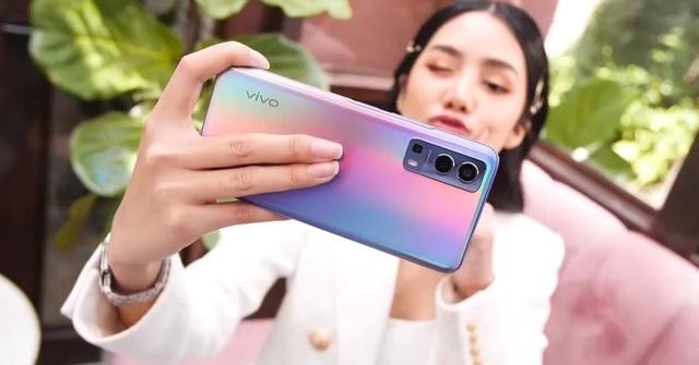 Loạt  smartphone vừa giảm giá mạnh đáng mua tại Việt Nam - Ảnh 6.