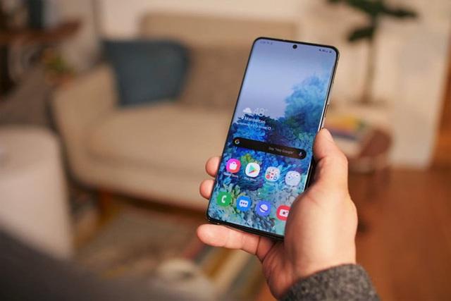 Loạt  smartphone vừa giảm giá mạnh đáng mua tại Việt Nam - Ảnh 4.