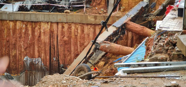 Nổ đường ống dẫn nước gây sạt lở nghiêm trọng ngay trung tâm TP Đà Lạt  - Ảnh 2.