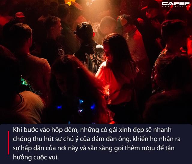 Giải mã hệ thống kinh tế ngầm sau những bữa tiệc rượu trụy lạc: Chân dung những kẻ sống bám vào nhan sắc của các cô gái trẻ (phần 2)  - Ảnh 5.