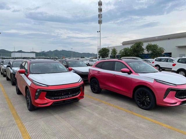 Ô tô Trung Quốc rẻ hơn Honda CR-V 200 triệu, tiêu hao nhiên liệu 6,6L/100km đổ bộ Việt Nam - Ảnh 1.