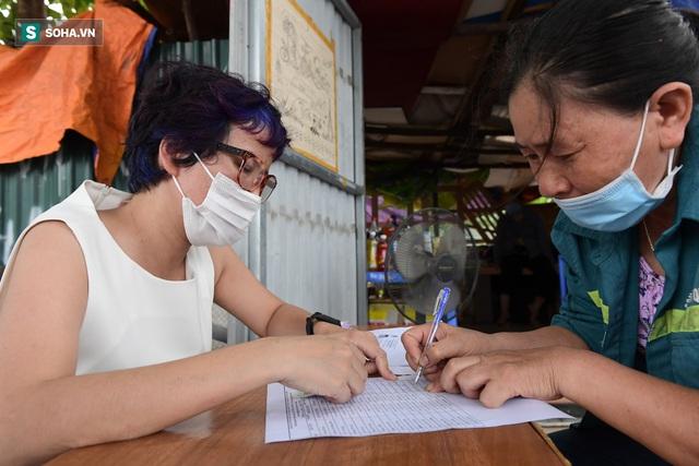 Nam sinh viên nghèo sáng quét rác chiều đi học, bị Công ty Minh Quân nợ 2 tháng lương, phải sống nhờ bà ngoại - Ảnh 11.
