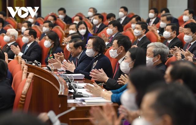 Khai mạc Hội nghị Trung ương 3: Kiện toàn nhân sự để trình ra Quốc hội  - Ảnh 12.