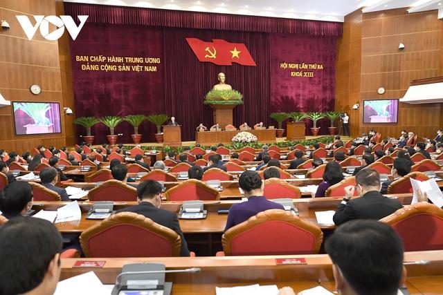 Khai mạc Hội nghị Trung ương 3: Kiện toàn nhân sự để trình ra Quốc hội  - Ảnh 13.