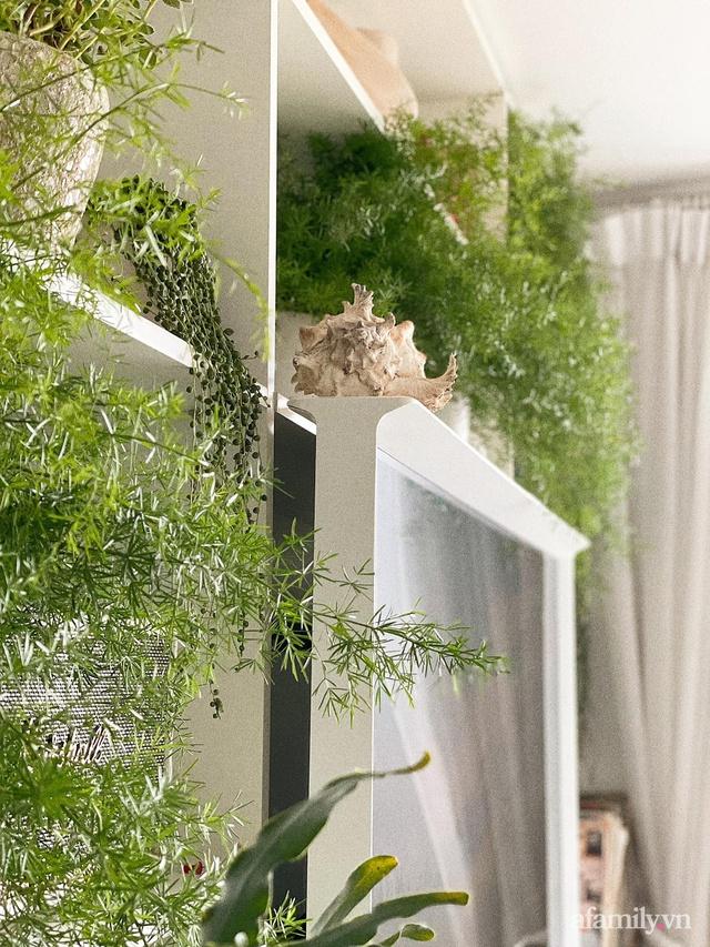 Rừng cây xanh mát trong căn hộ có view sông Hồng đắt giá của cô gái trẻ ở Hà Nội - Ảnh 14.