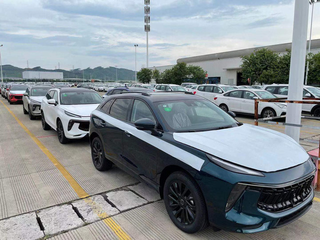 Ô tô Trung Quốc rẻ hơn Honda CR-V 200 triệu, tiêu hao nhiên liệu 6,6L/100km đổ bộ Việt Nam - Ảnh 3.