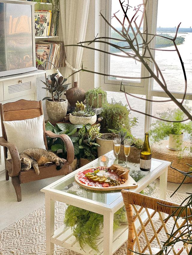 Rừng cây xanh mát trong căn hộ có view sông Hồng đắt giá của cô gái trẻ ở Hà Nội - Ảnh 6.