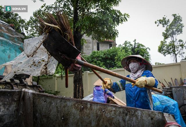 Nam sinh viên nghèo sáng quét rác chiều đi học, bị Công ty Minh Quân nợ 2 tháng lương, phải sống nhờ bà ngoại - Ảnh 8.