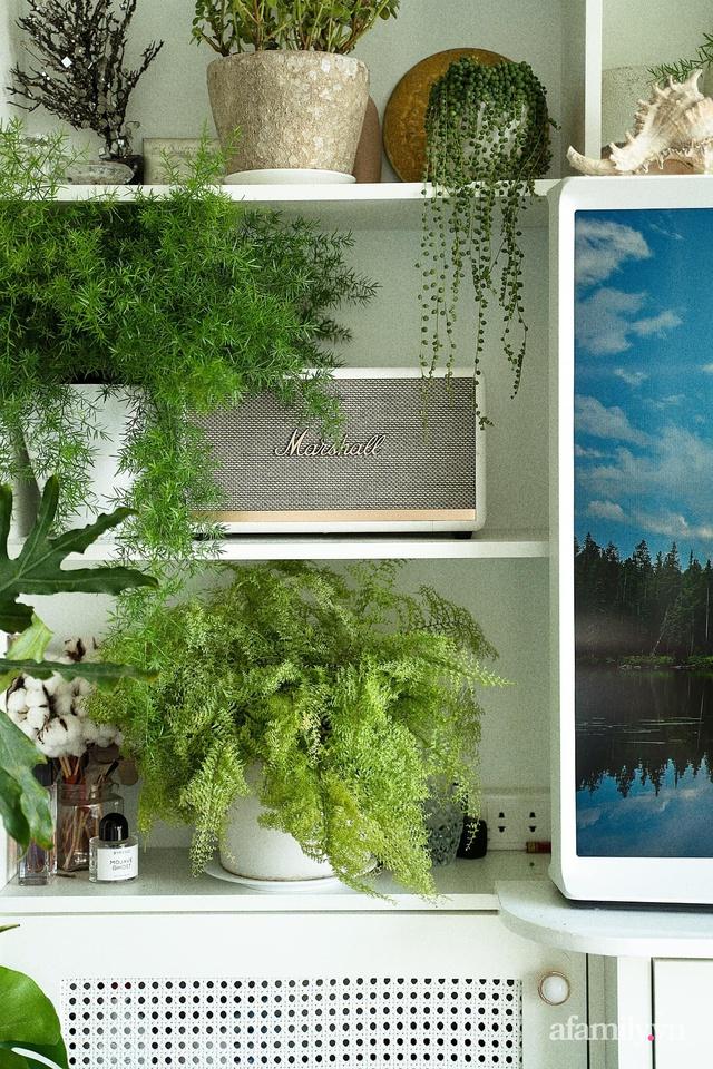 Rừng cây xanh mát trong căn hộ có view sông Hồng đắt giá của cô gái trẻ ở Hà Nội - Ảnh 9.