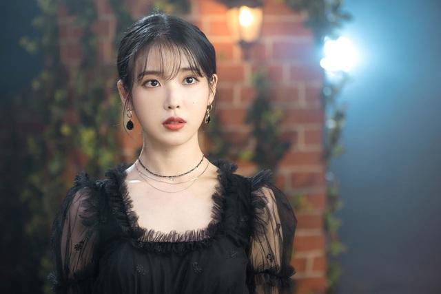Nữ đại gia BĐS ngầm của giới giải trí Hàn Quốc: 28 tuổi có khối tài sản 28 triệu USD, thầu hàng loạt biệt thự và đất đai đắt đỏ trong thời gian ngắn, nhan sắc cực bất ngờ - Ảnh 3.