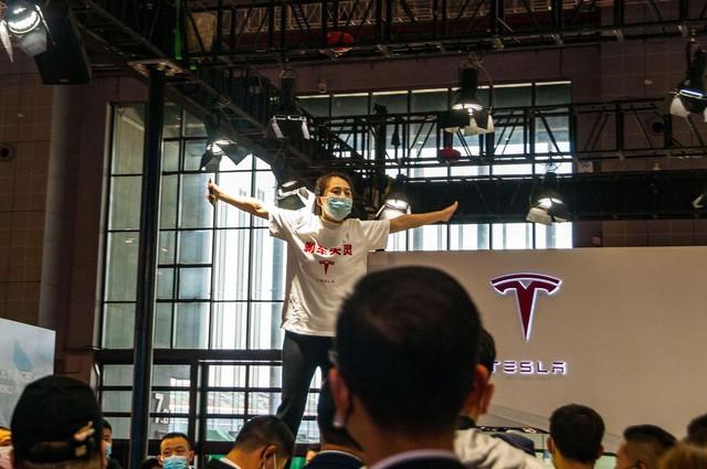 Cú tát vào tham vọng của Tesla và bài học đừng bao giờ đặt cược tương lai vào thị trường Trung Quốc - Ảnh 1.