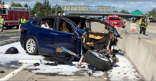 Tesla nói Autopilot giúp xe an toàn hơn, nạn nhân tai nạn nói: Nó đã giết người - Ảnh 2.